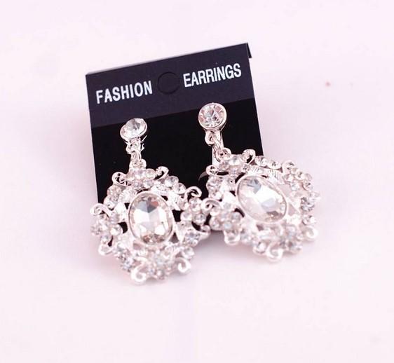 earing set crown